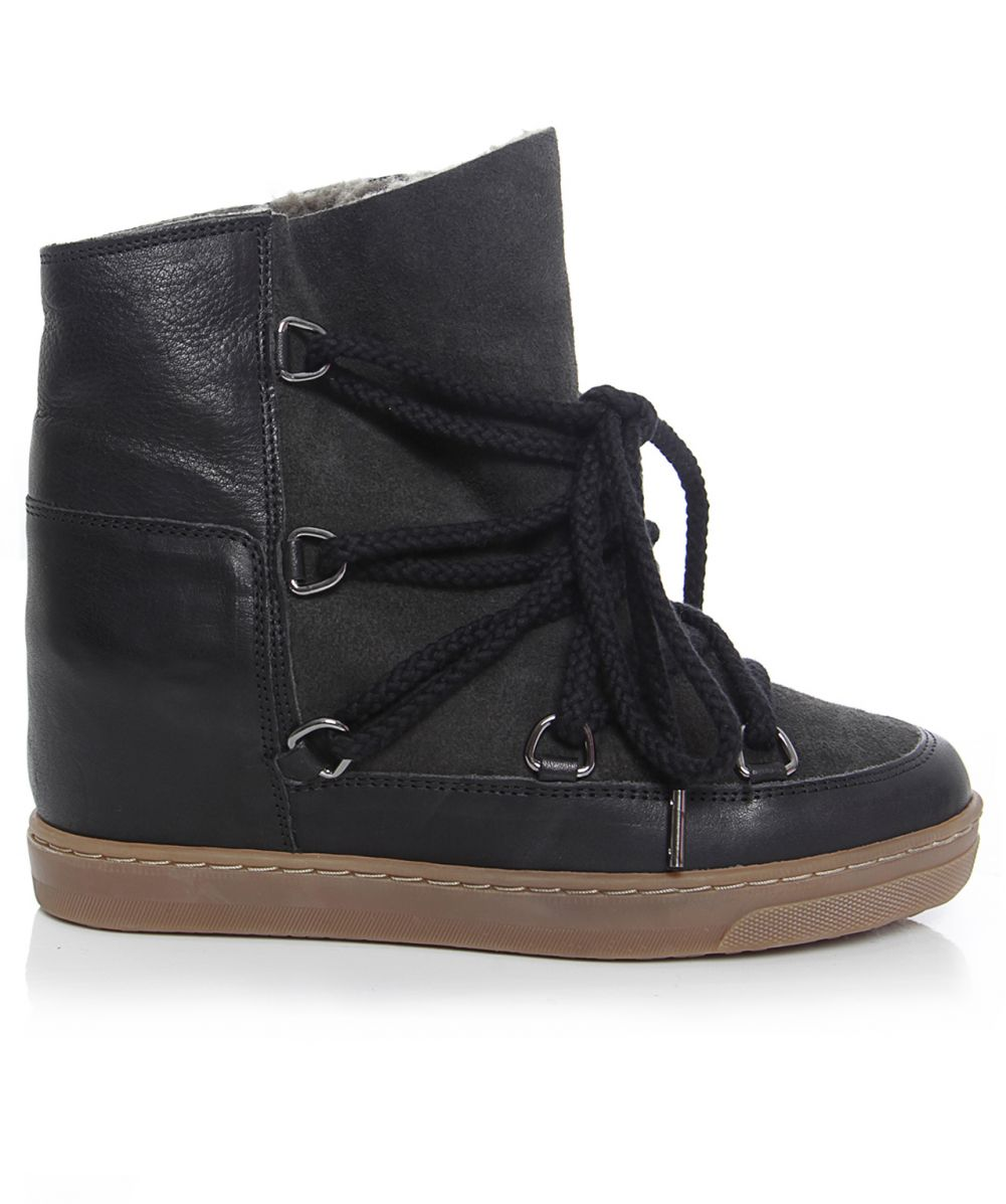 isabel marant nowles fur snow boots available at jules b. Black Bedroom Furniture Sets. Home Design Ideas